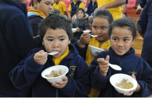 Let's feed the kids, Otara breakfast courtesy of Mana Party