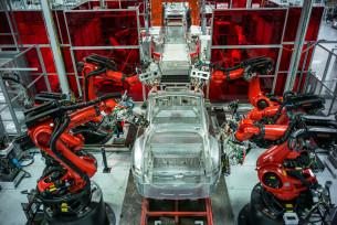 la-fi-robots-jobs-20150211