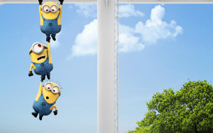 Cartoons_Minions_the_minions_are_hanging_on_each_other_051591_